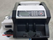 Банкнотоброячна машина с LCD  екран EU-1380T