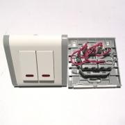 Двоен ключ с индикация TL0712