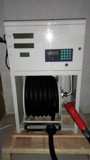 Вертикален диспенсер за горива и агресивни течности LS1115 с брояч